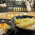 天ぷらうどんと寿司ご飯