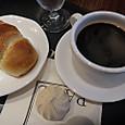 塩パンとコーヒーと…