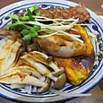 近江牛と焼野菜丼